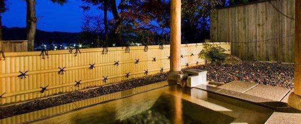 八景園眺望露天風呂付「かたくりの湯」