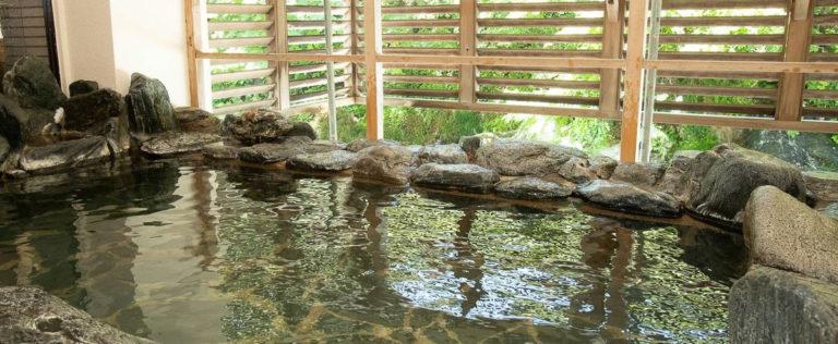 磐梯向滝露天風呂